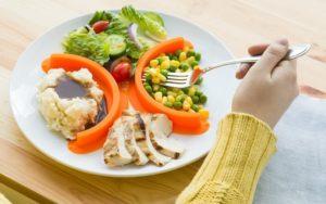 dieta-i-pravilnoe-pitanie-pri-allergicheskom-dermatite-u-vzroslyh